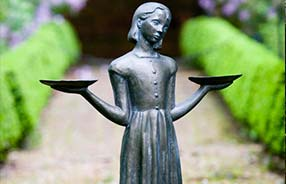 featured items - Midnight In The Garden Of Good And Evil Statue